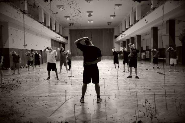 rozgrzewka_przed_treningiem_zakwsasy_doms